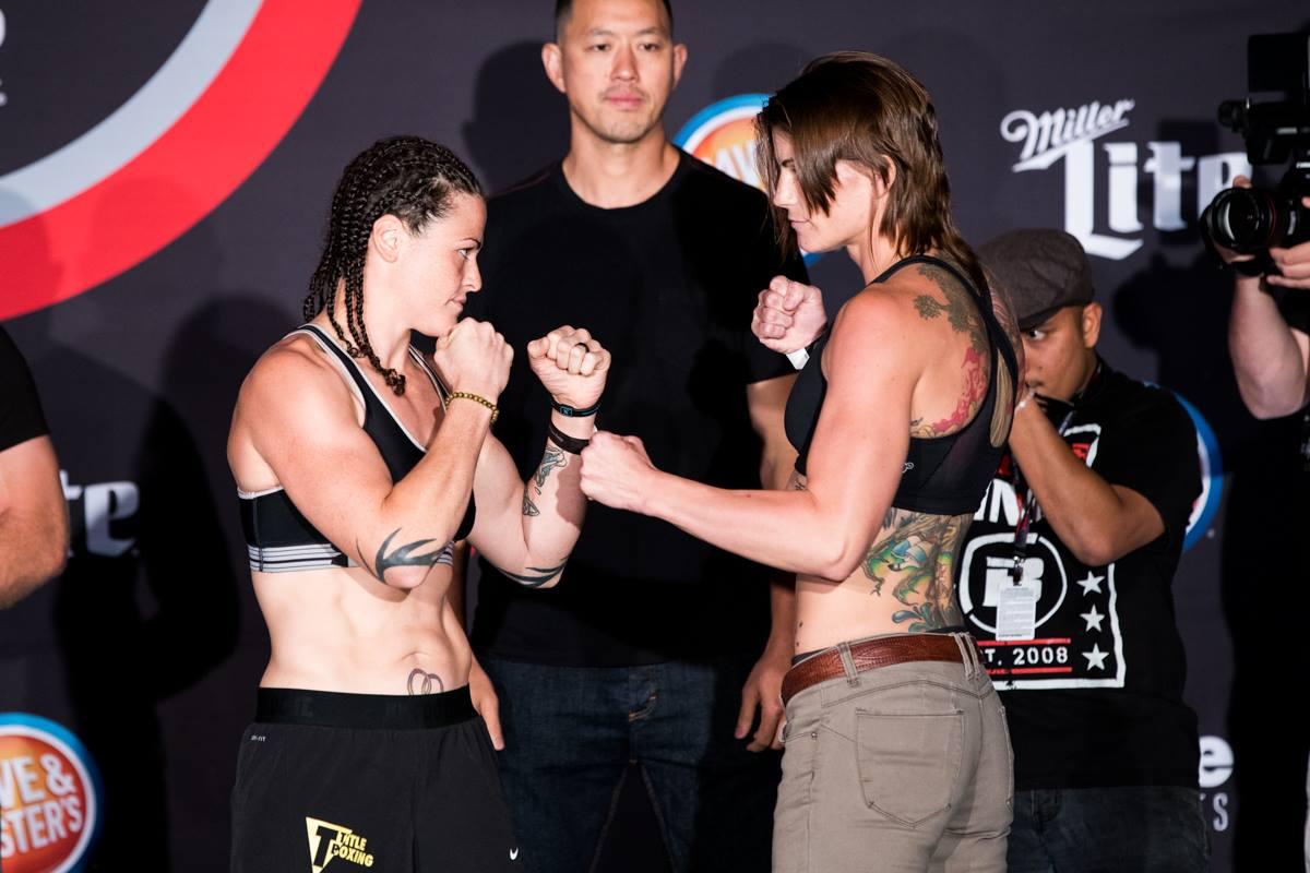 Brittney Elkin (146) vs. Amanda Bell (144.2)